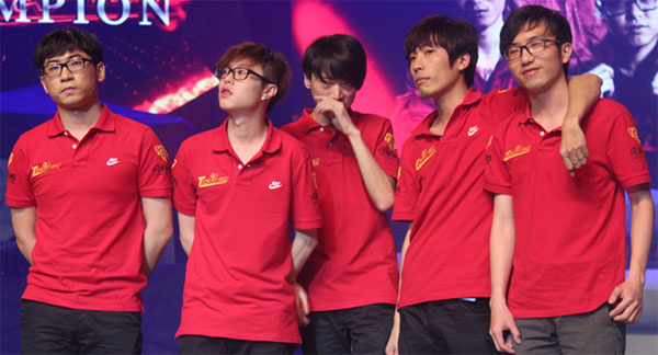 Dota 2 Super League Grand Finals Retrospective